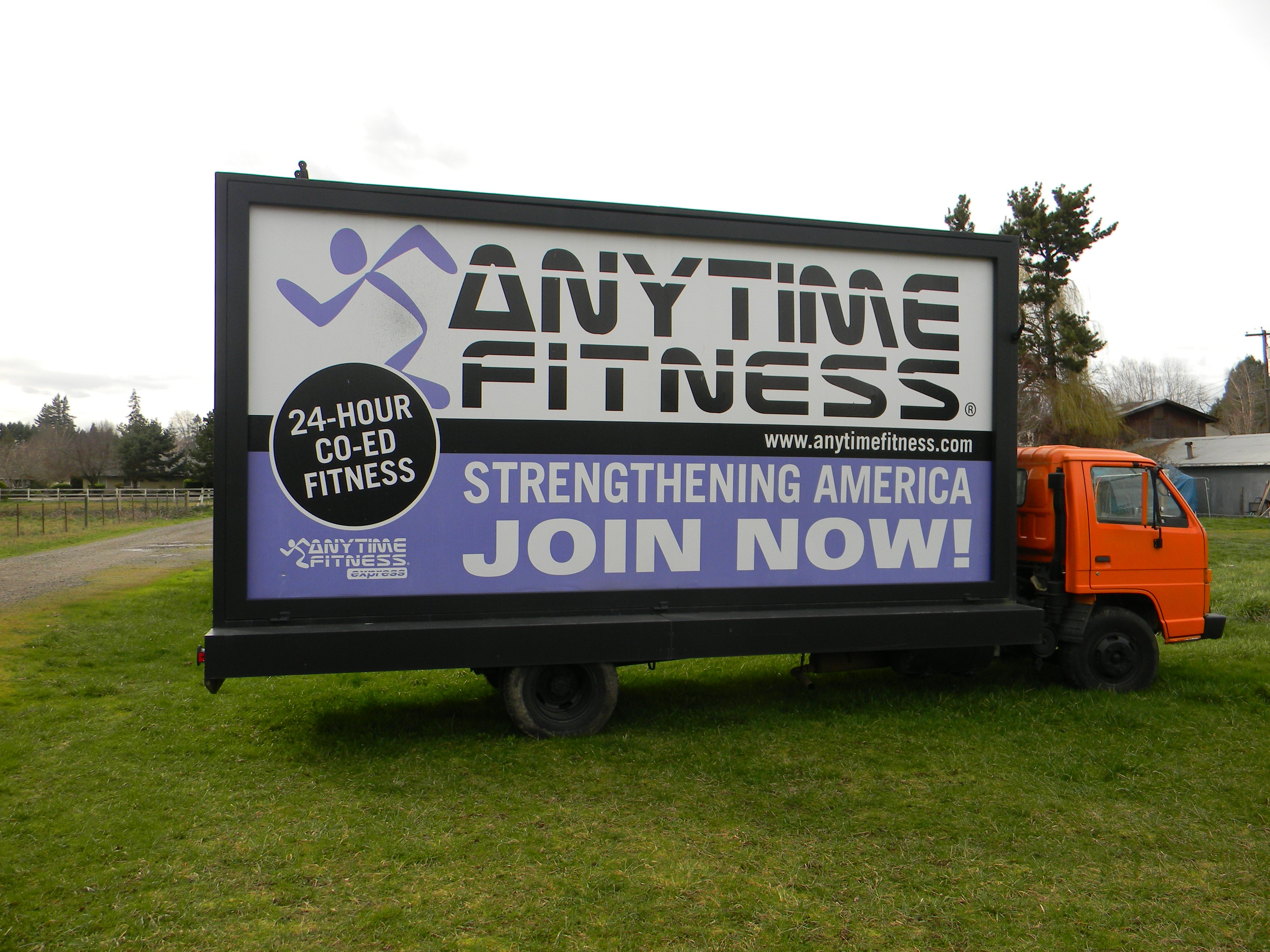 Mobile Truck Billboard Advertising in Oregon